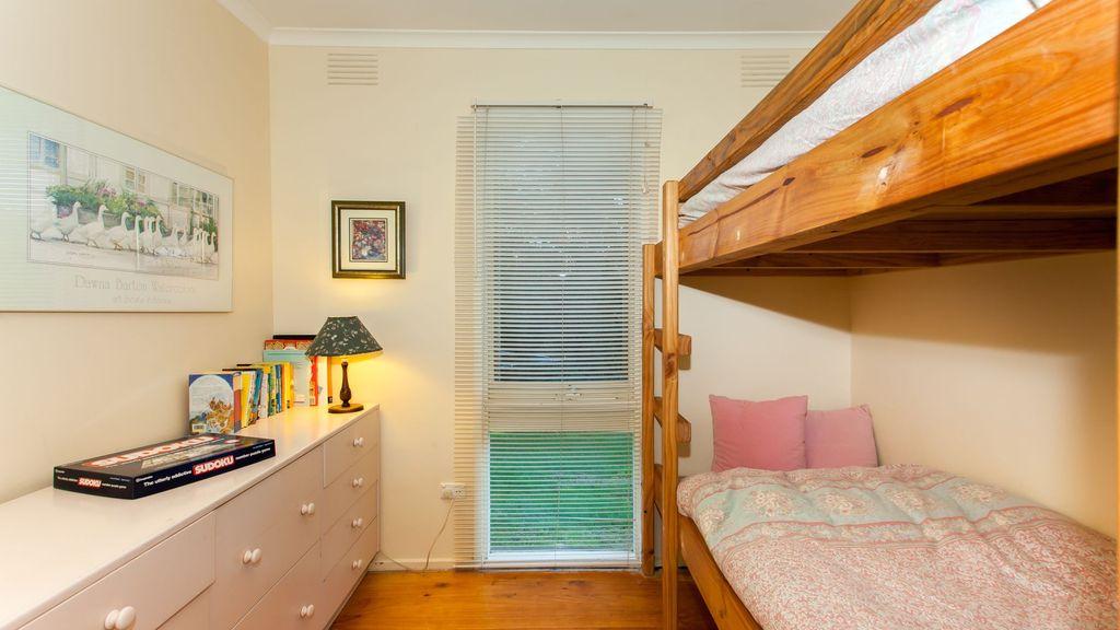 kanturk 6 - bunk room.jpg