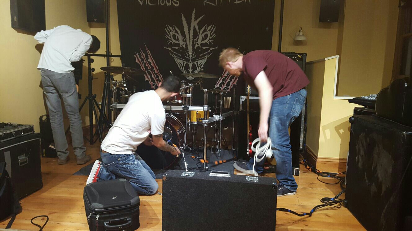 The boys working the setup/soundcheck thing