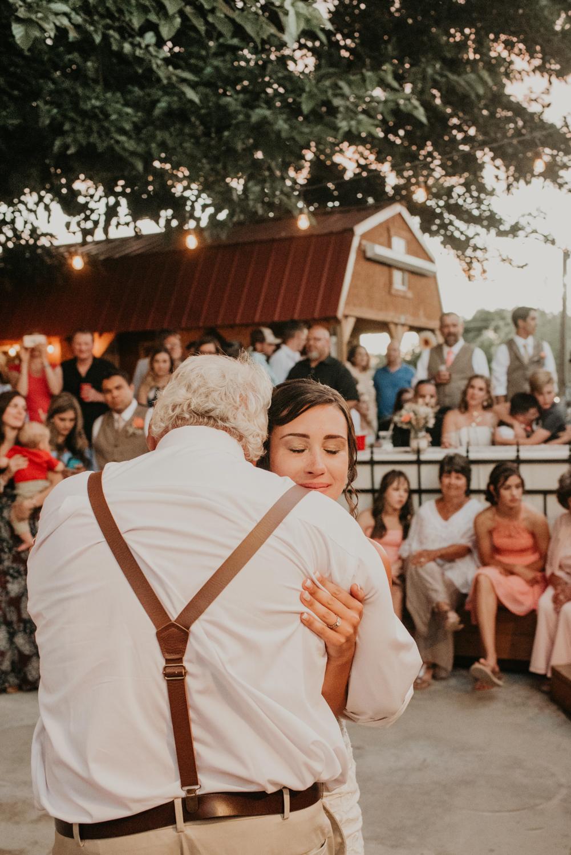 Papa daughter dance