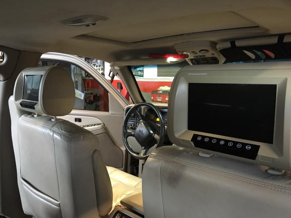 Premium car TV players to watch movies