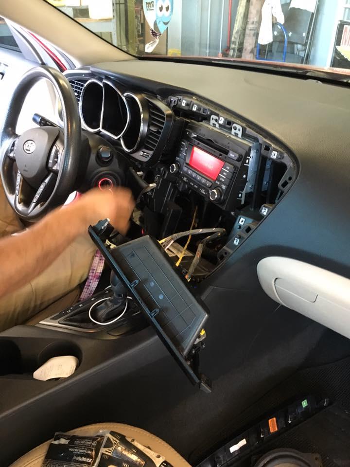 Custom Car Audio in Escondido