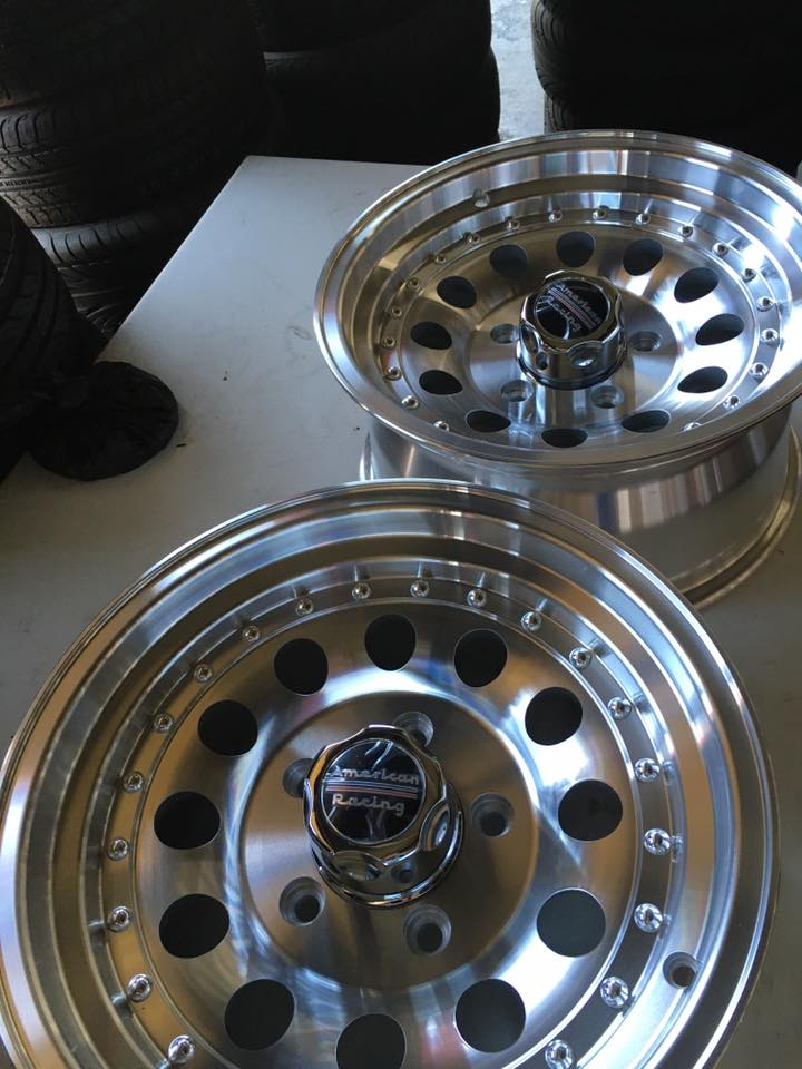 Silver Chrome Car Rims and Expert Installation