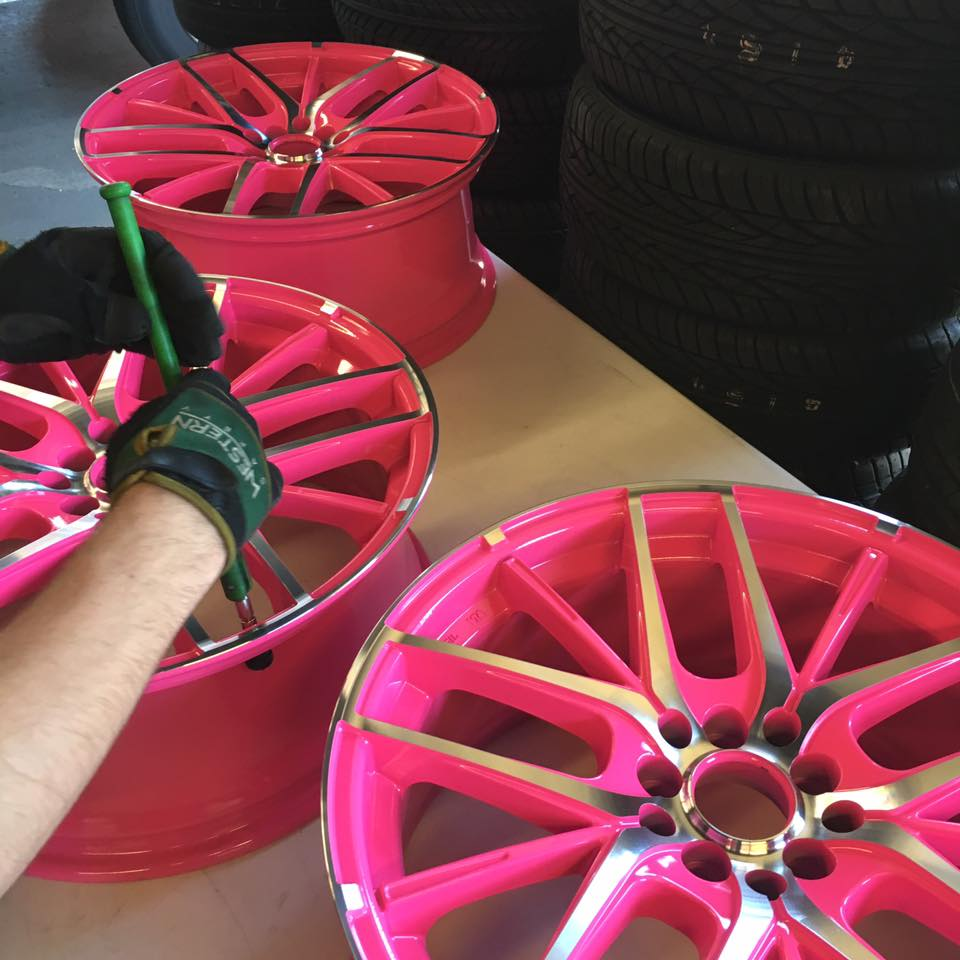 Hot rims and custom rims at Audiosport