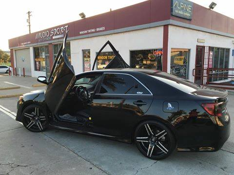 Lambo doors and other car services