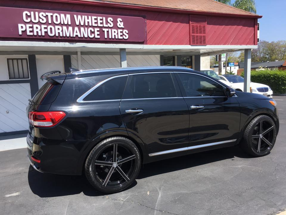 New Rims and Window Tinting at Audiosport