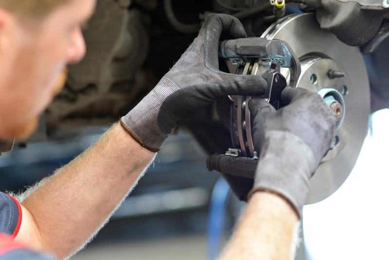 brake-repair-941397018.jpg