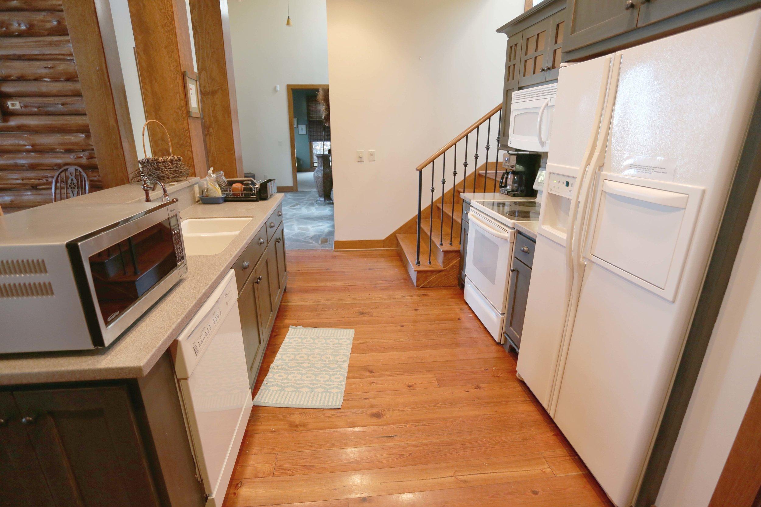 L kitchen side view.jpg