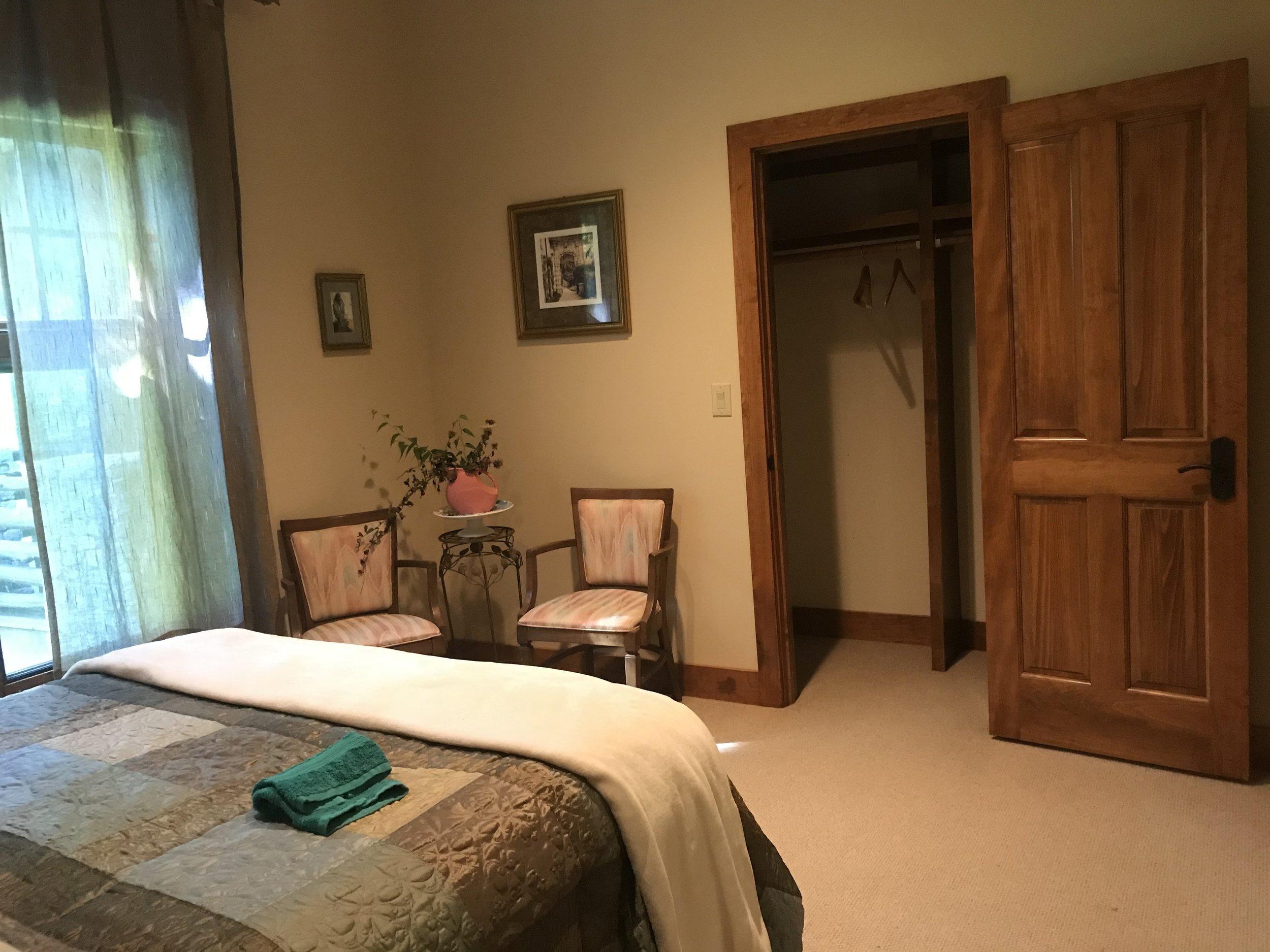 L L2 bed with open closet.JPG