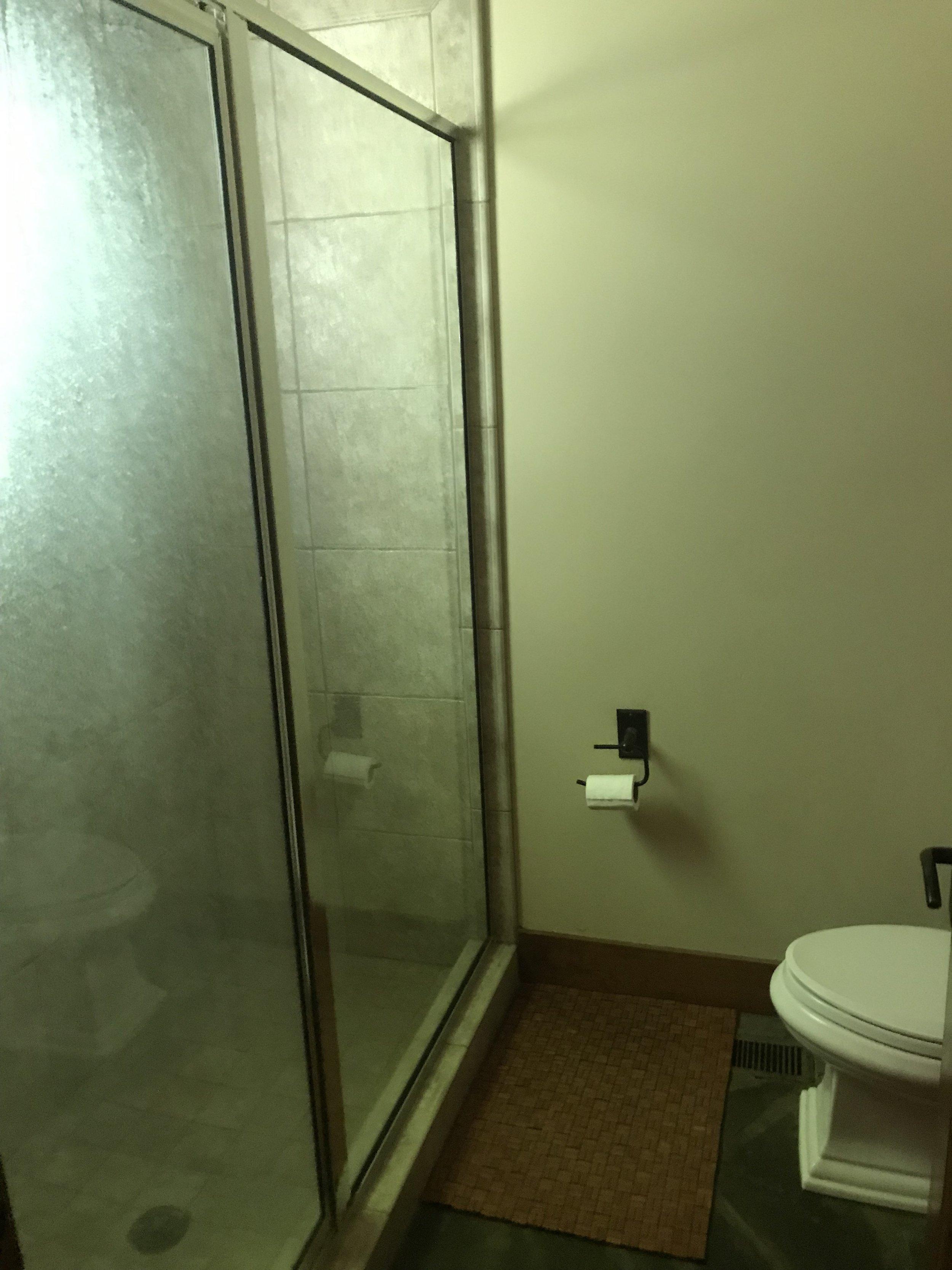 L L3 hall way shower.JPG