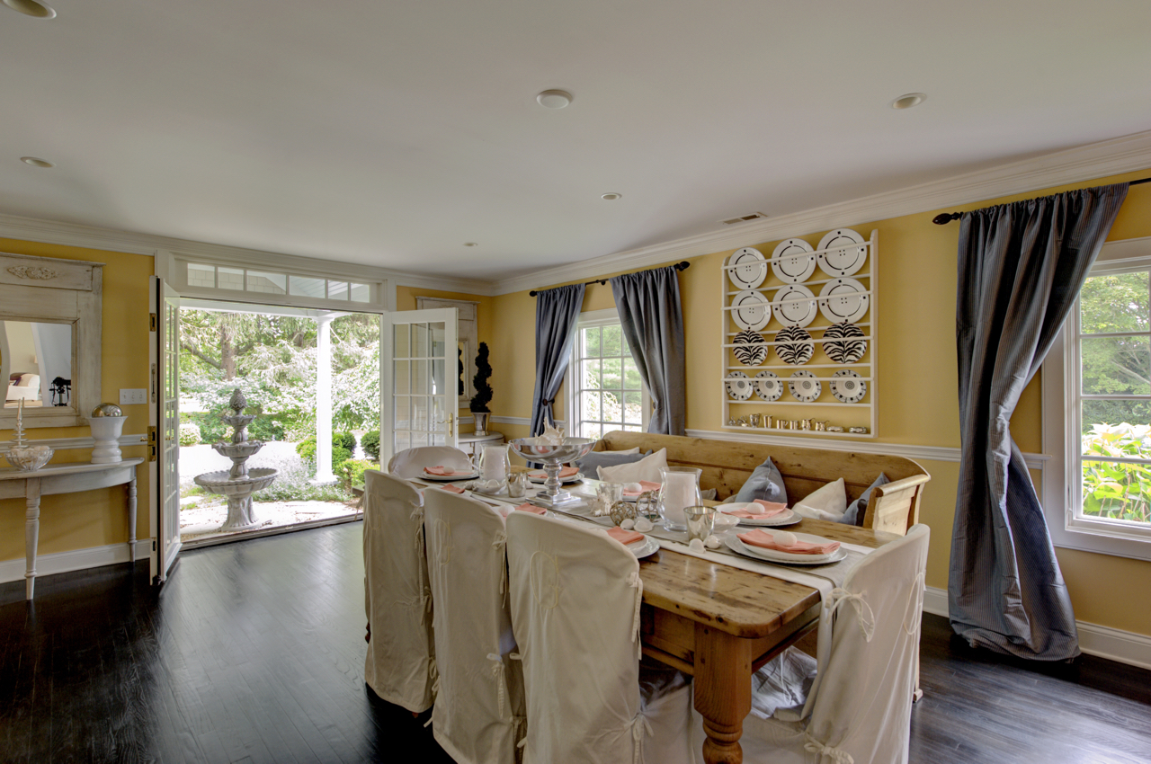 Large Formal Dining Room