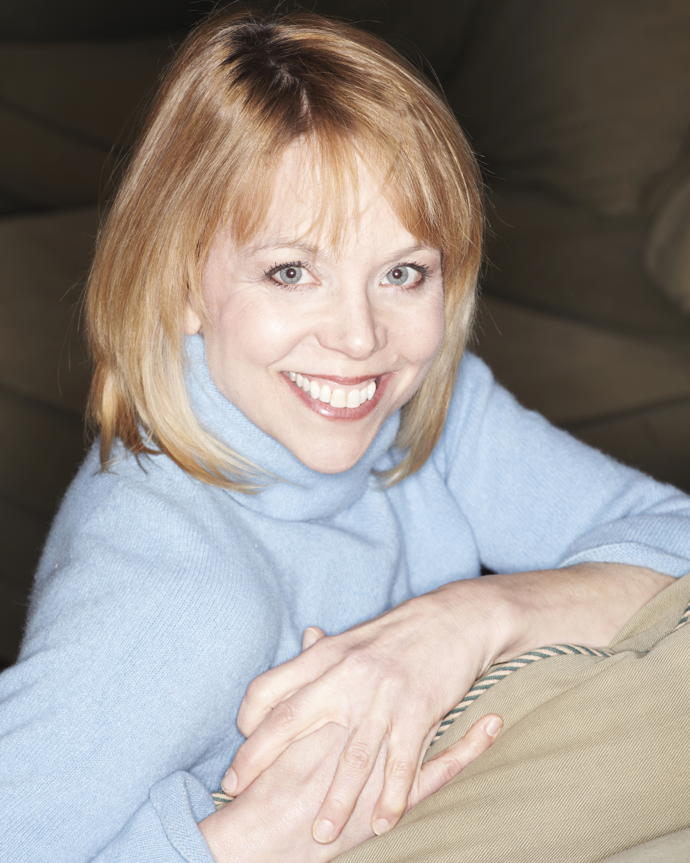 Michelle Pauls, actor: Buffy Waring.