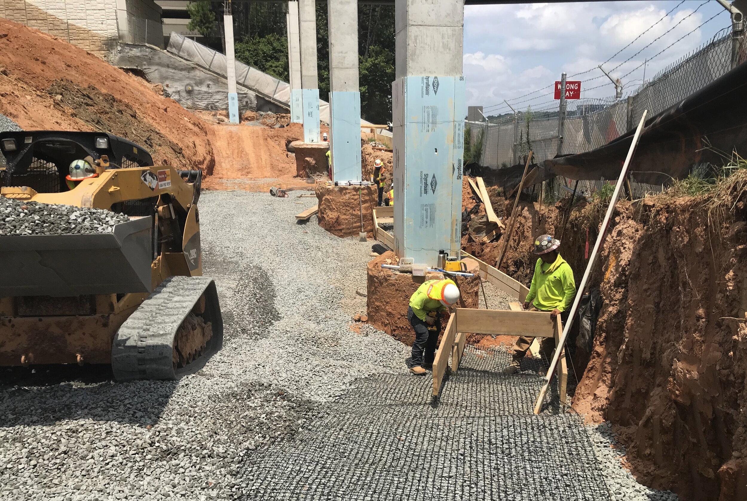 MSE Retaining Wall Load Transer Platform