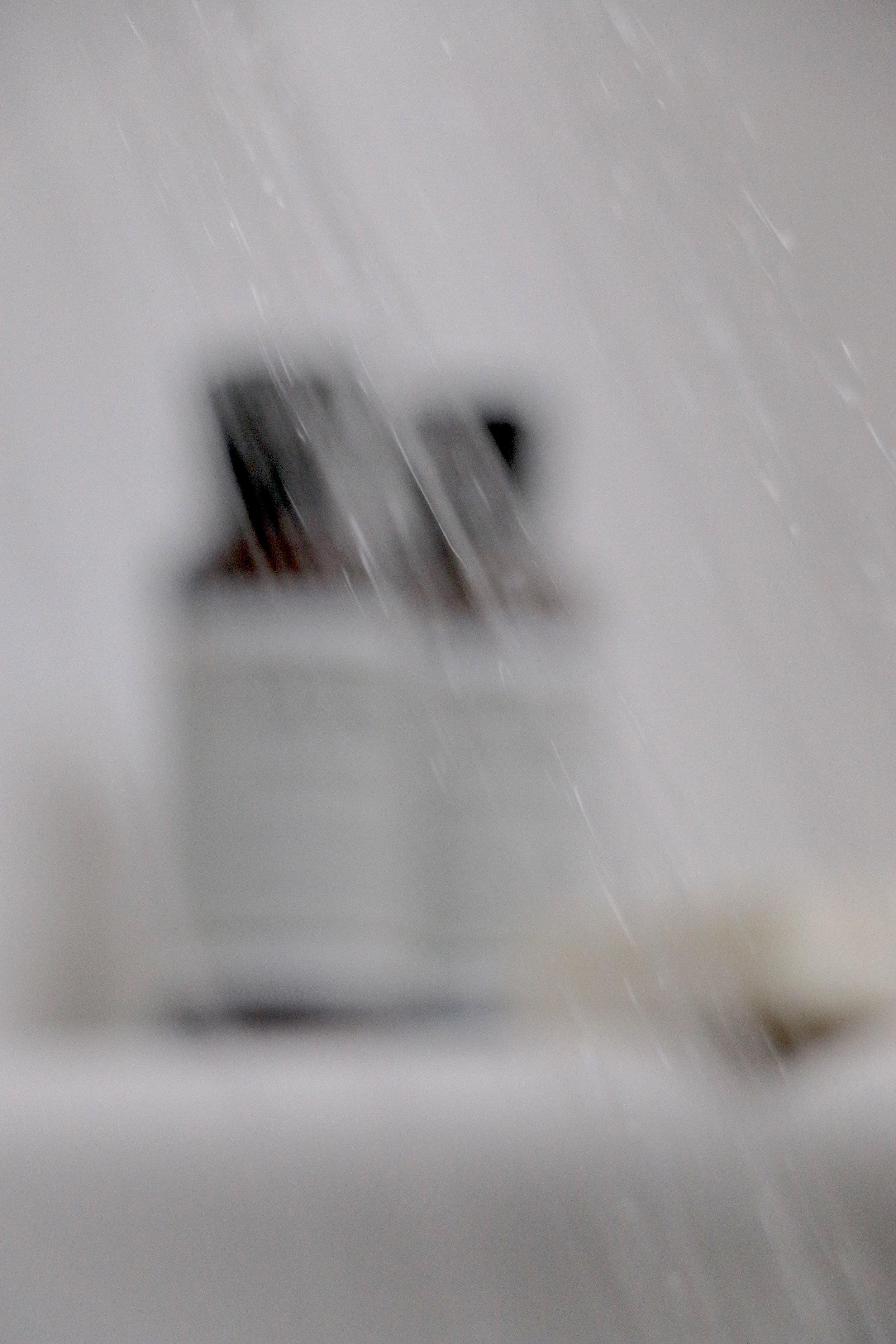 ShowerOn2_2443.jpg