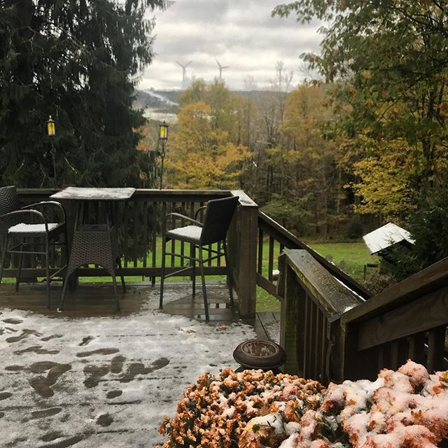 And so it begins. ❄️ #firstsnow #octobersnow #tundraofmaryland #winteriscoming #savageriverlodge