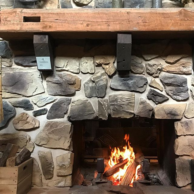 Tis the season to get cozy 🍂 ___ #savageriverlodge #getcozy #bythefireplace #octoberchill