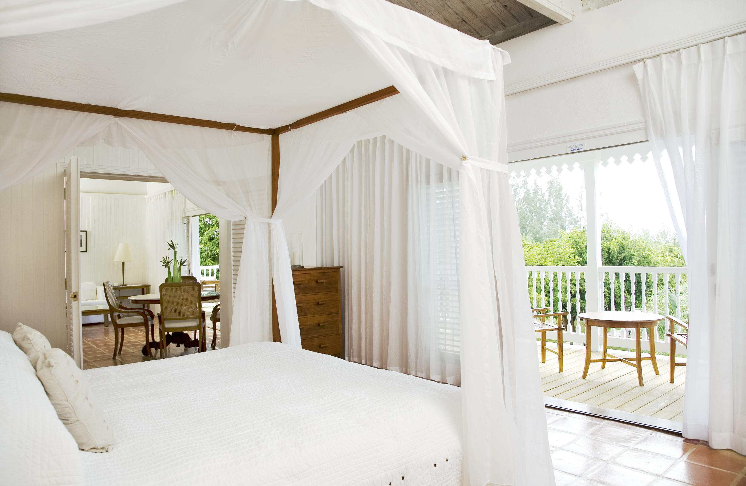 COMO-Suite-Bedroom-1.jpg