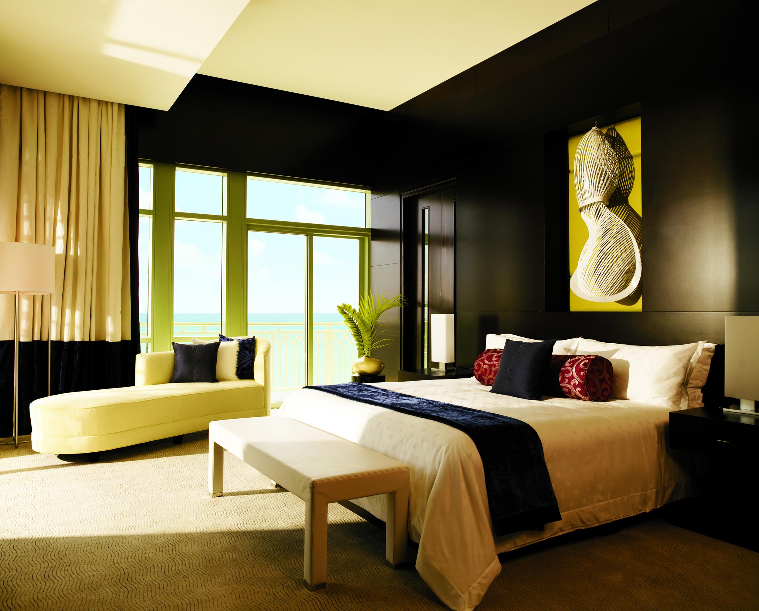 Penthouse_Suite_Master_Bedroom_1232_standard.jpg