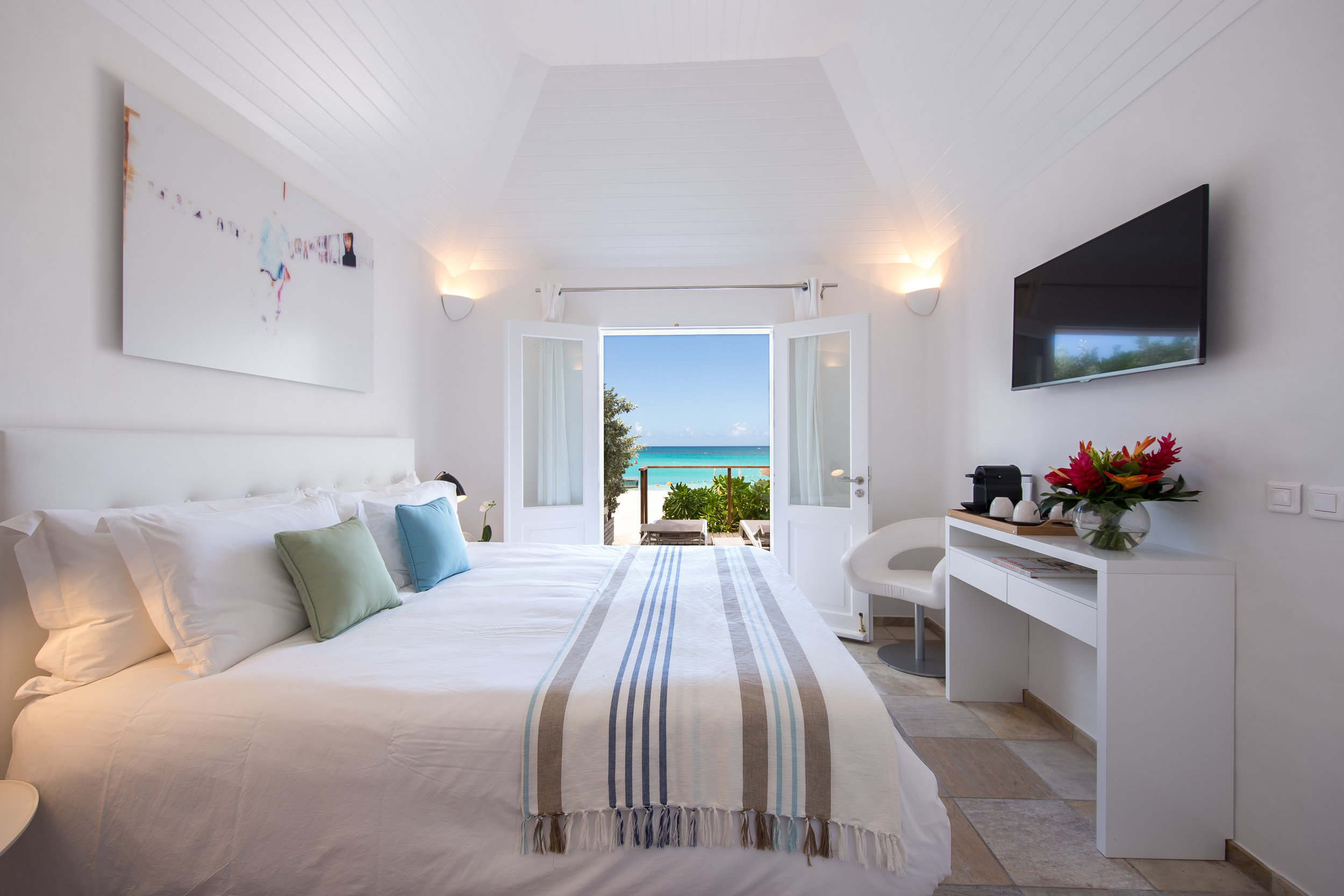 Hotel rooms - Beach Front Room 2.JPG
