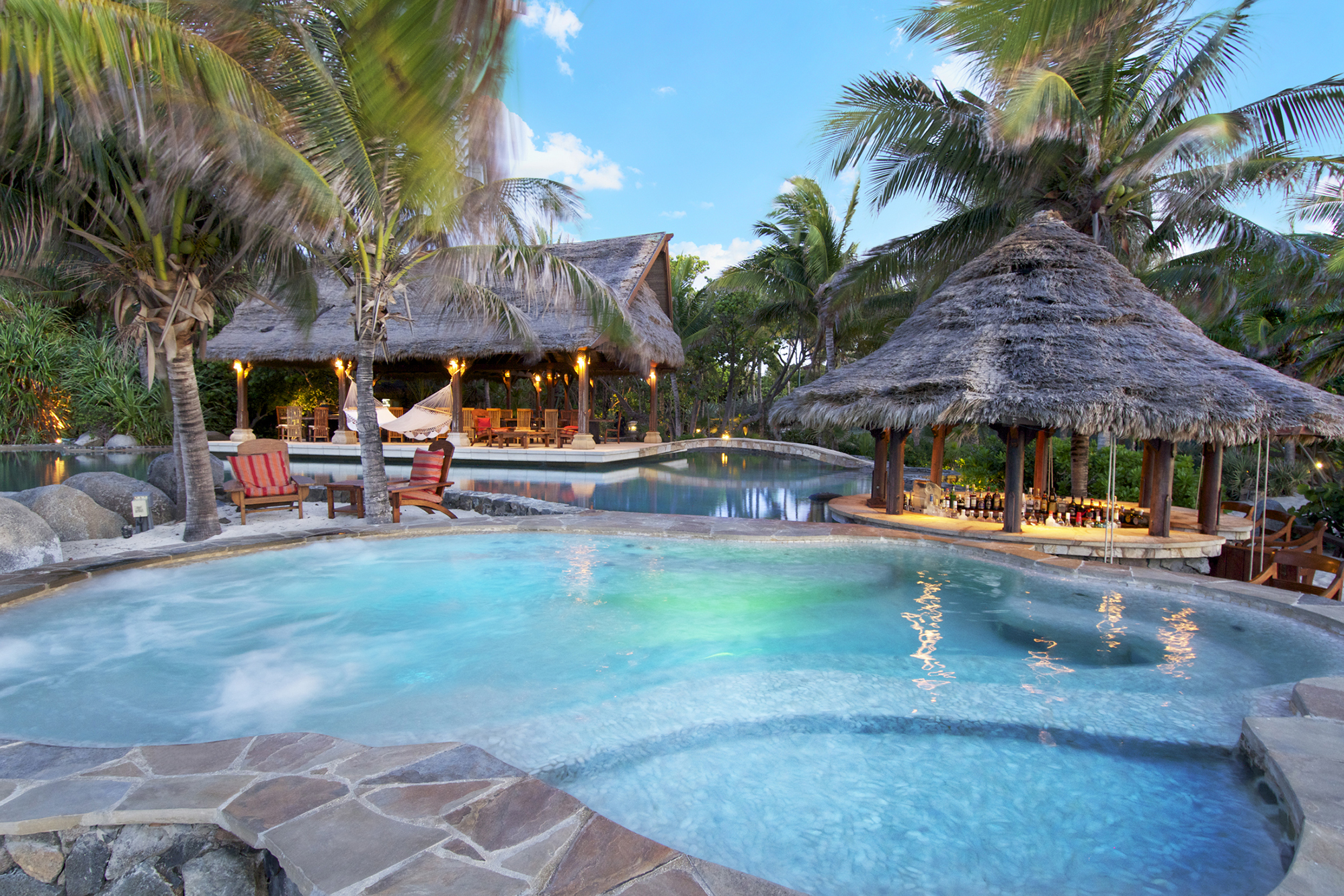 necker-island-beach-pool-jacuzzi.jpg