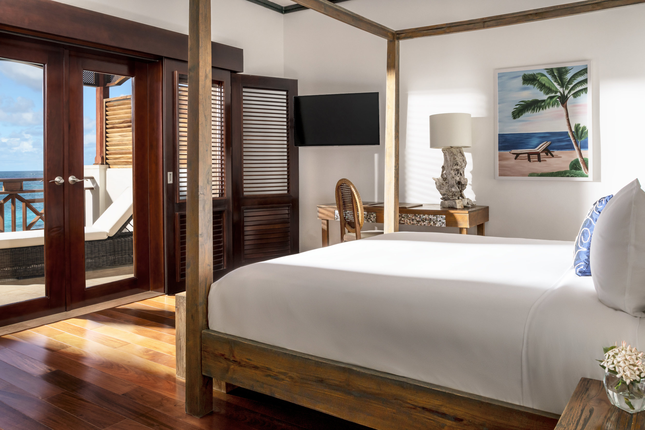 20151026_Zemi_bldg1_3bd_Master_Bedroom.jpg