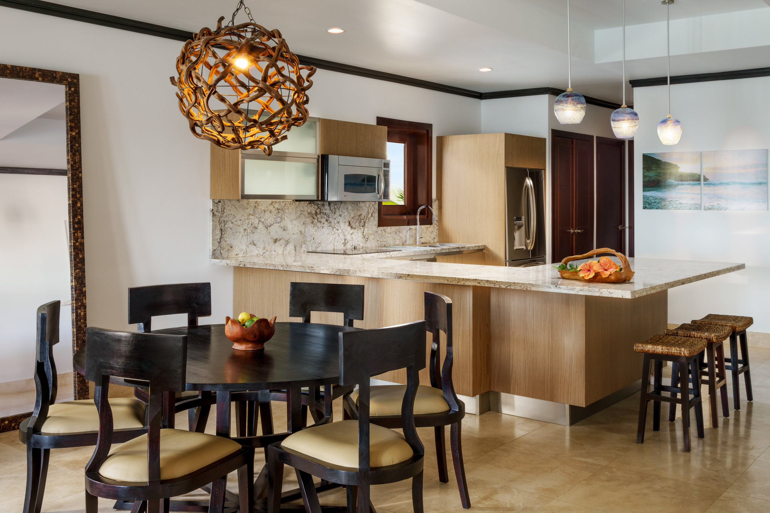 20151026_Zemi_bldg1_2bd_Kitchen.jpg