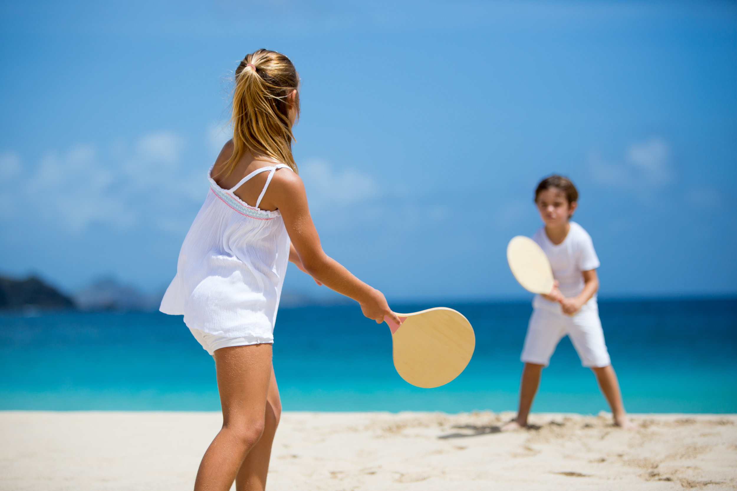 20150825125555_05-03-children-on-the-beach-p-carreau.jpg
