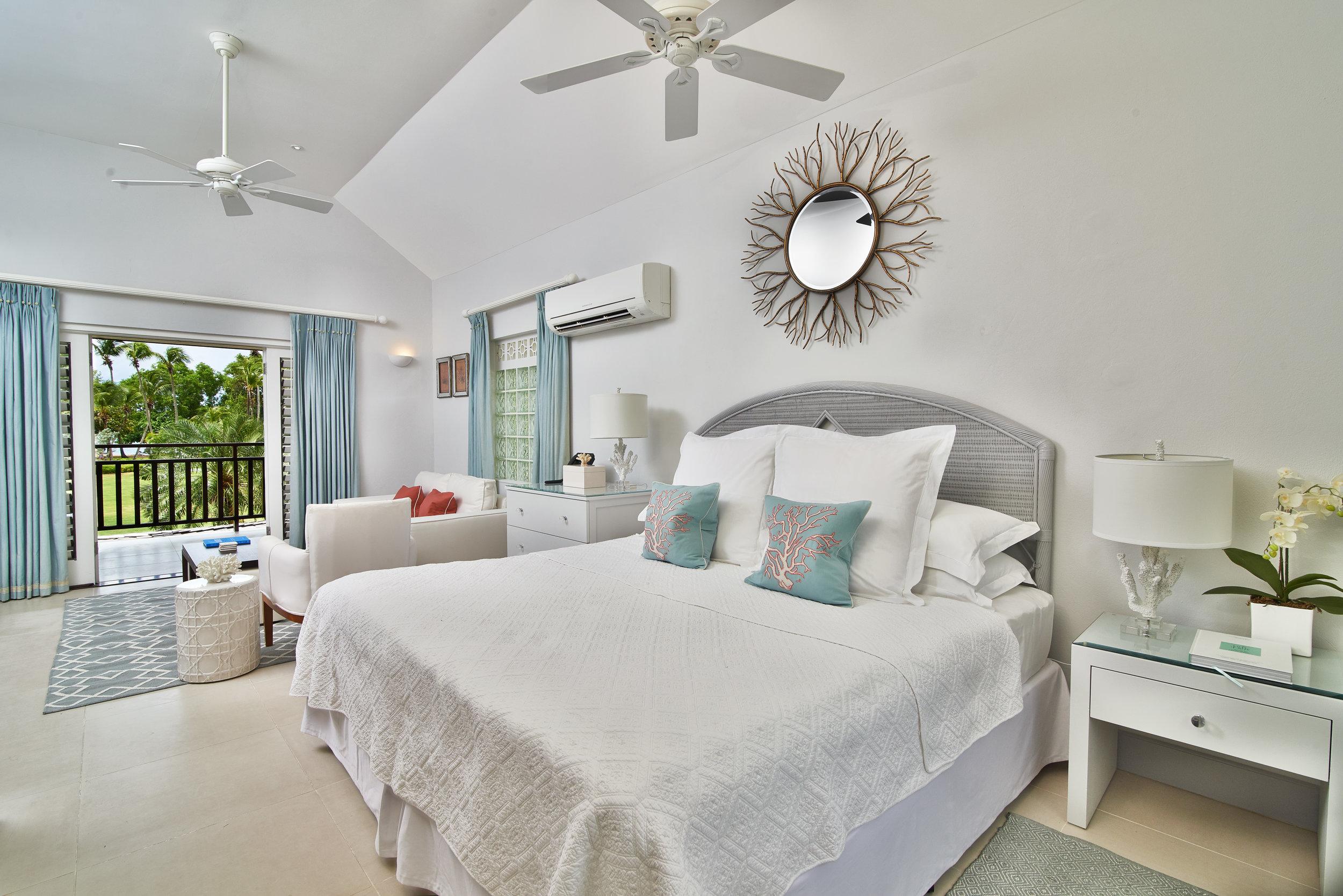 3.Junior Suite bedroom.jpg