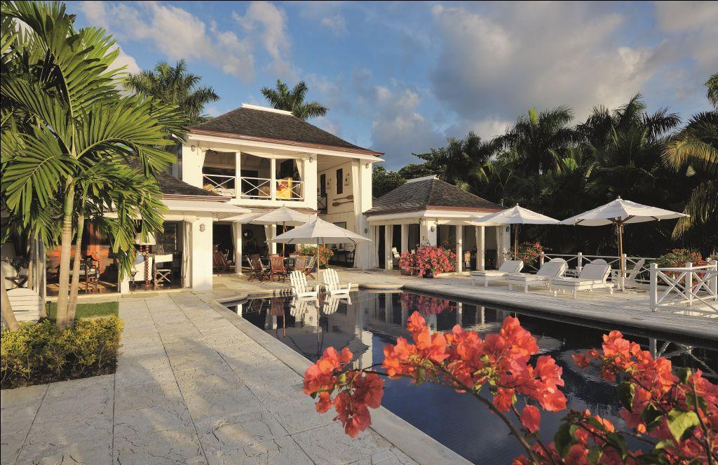 downloads_images_D - Complete Villas_Luxury Villa.jpg