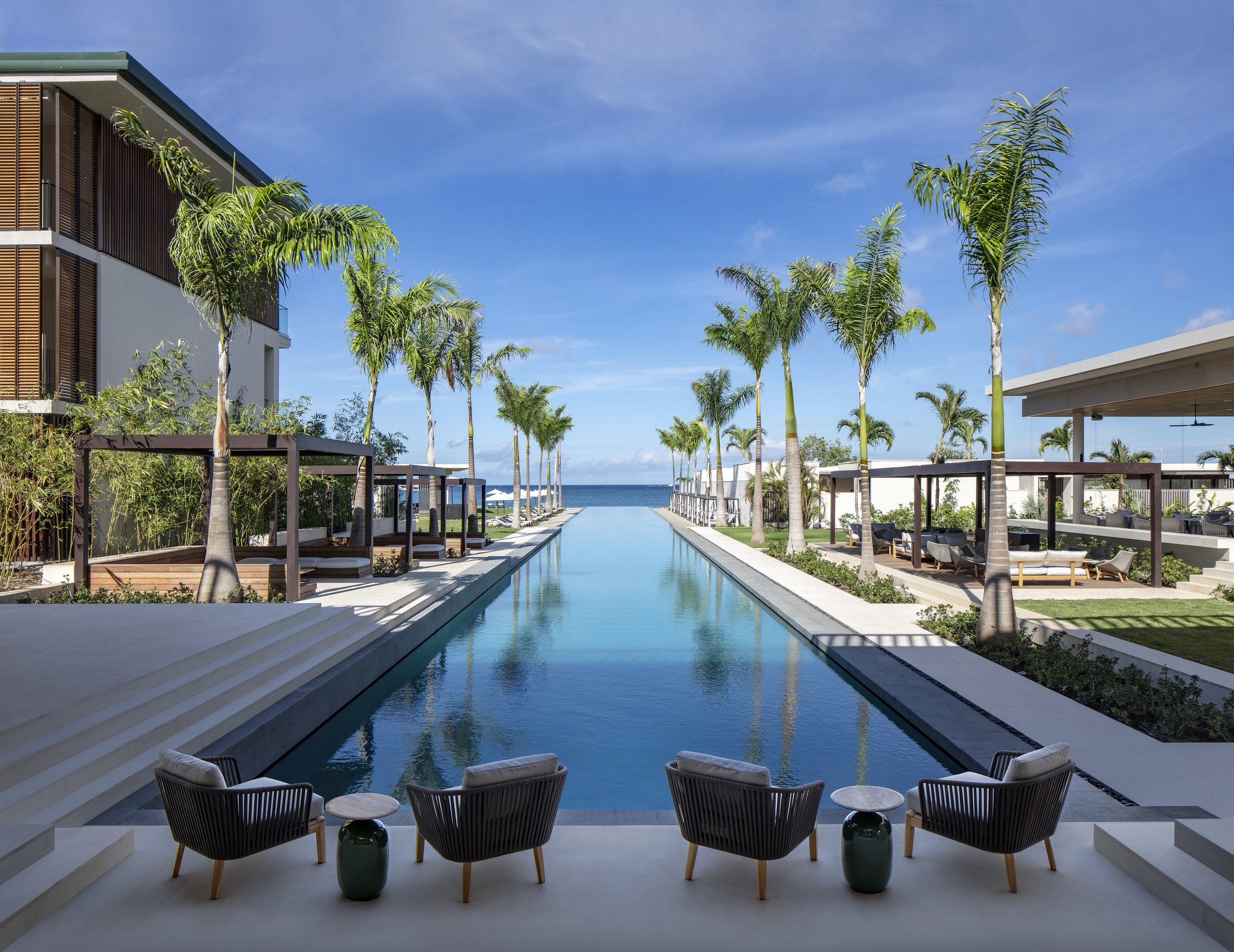 Pool from Lobby by Day.jpg