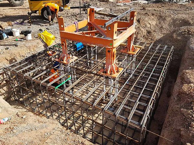 Potain Tower crane base for Kraneworx in Sydney . . . . . . #construction #contractorsofinsta #contractor #engineer #engineering #toolsofthetrade #heavyequipment #concrete #civilengineer #structures #civil #building #civilconstruction #heavymachinery #constructionequipment #crane #constructionlife #constructionsite #build #architecture #sustainability #craneporn #craneaddicted #cranelove #logistics #internationalconstruction #cranesclub #cranelife #reinforcing #infrastructure
