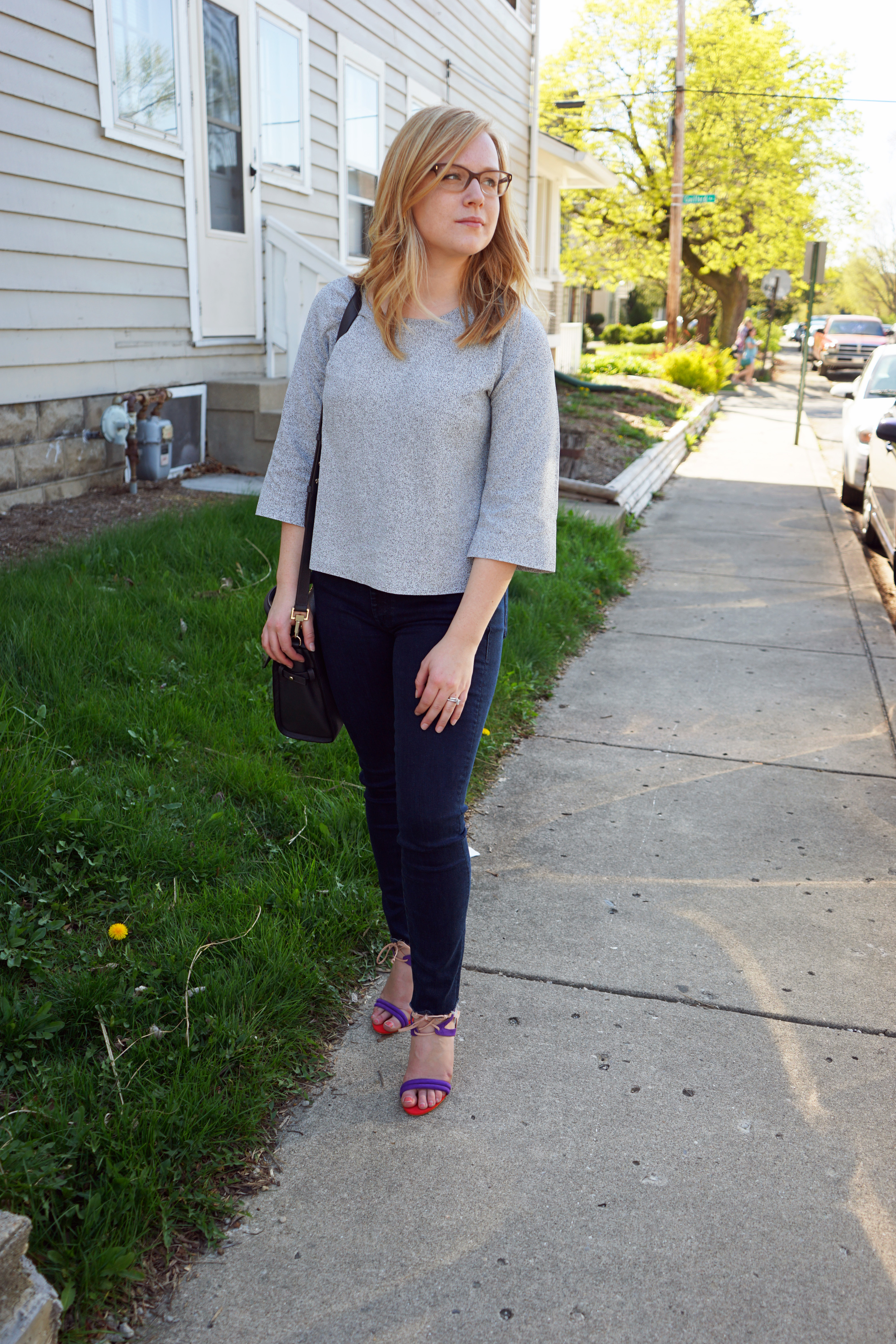 Schutz Delmano heels sandals, Ann Taylor LOFT Speckled Kimono sweater, MOTHER denim Looker High-Rise ankle fray jeans, Luana Italy paley satchel - Maggie a la Mode