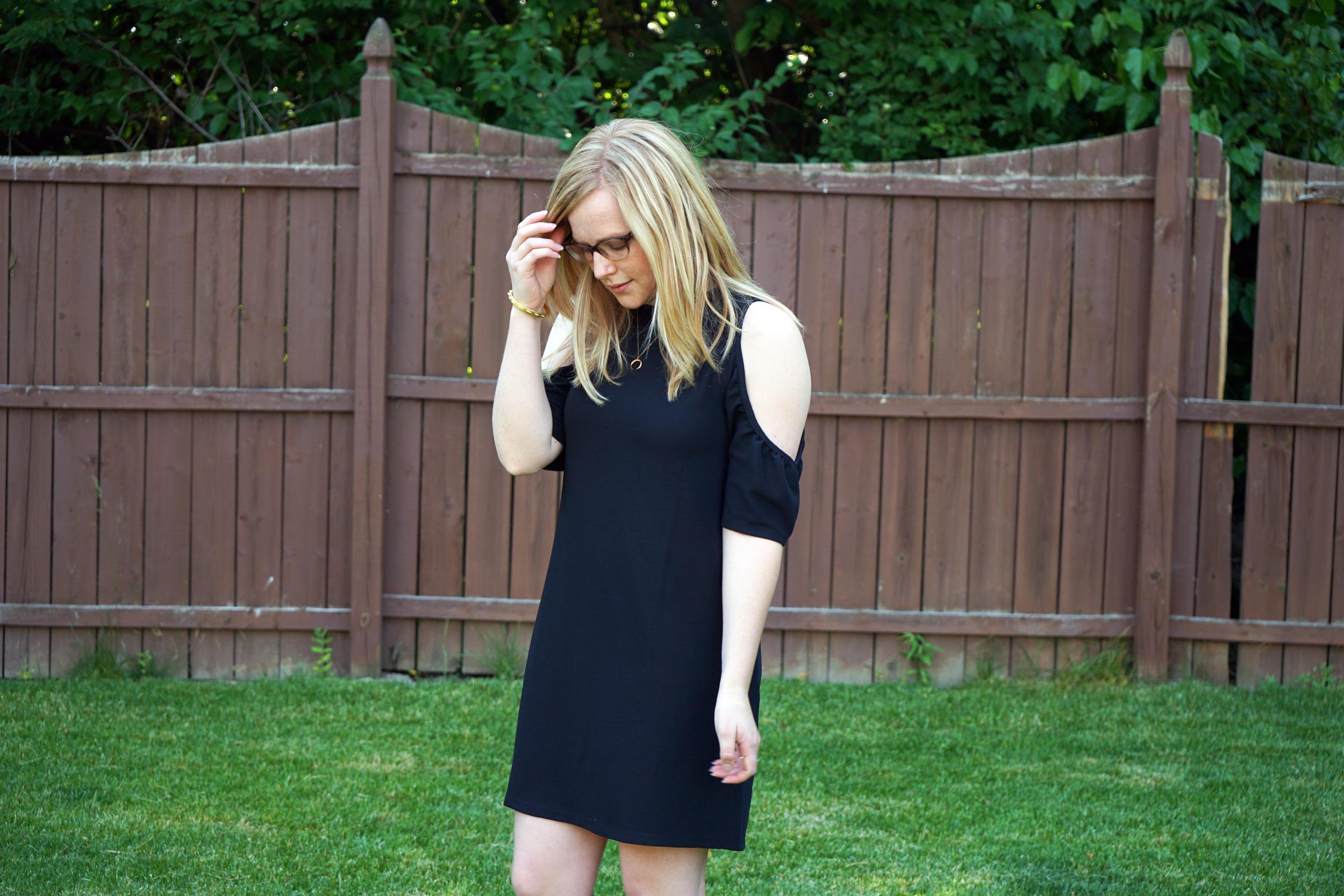 Maggie a la Mode - Zara Cold Shoulder Dress, Steve Madden Irenee Sandal