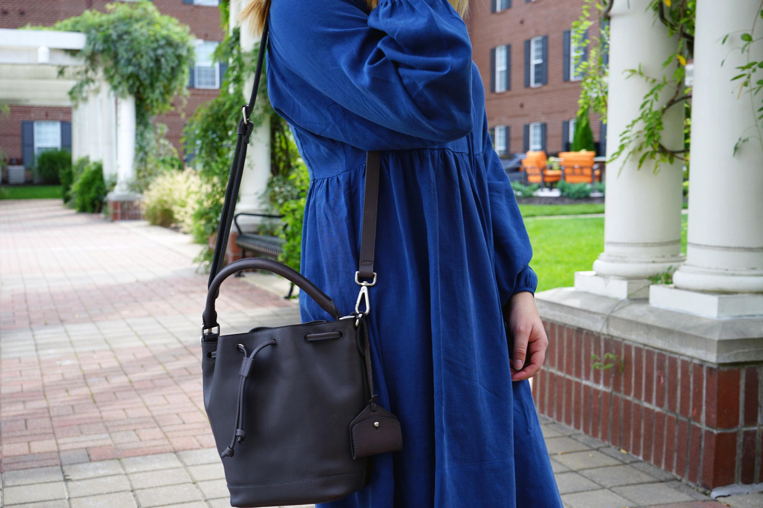Madewell Lafayette Bucket Bag - Maggie a la Mode