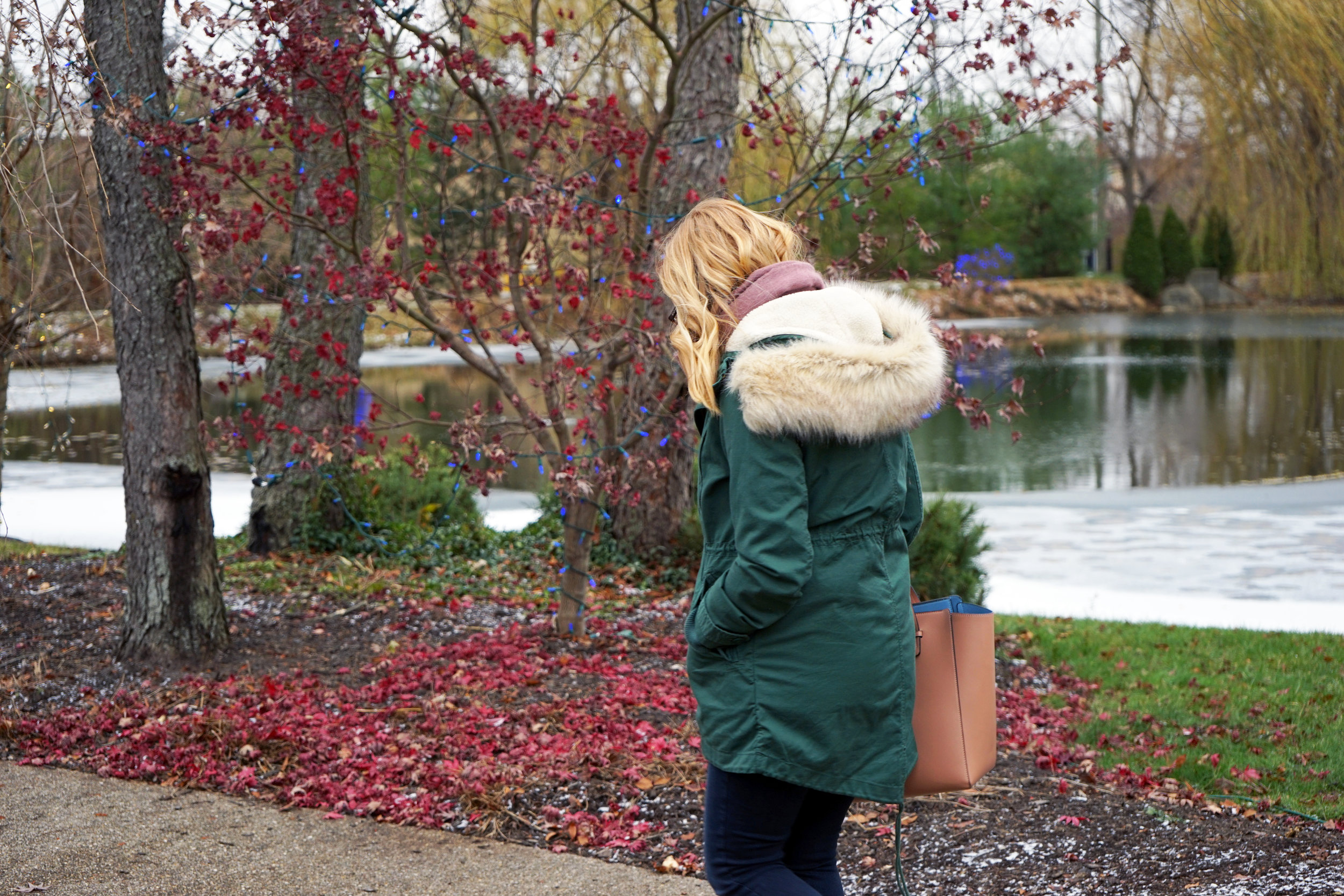 Maggie a la Mode - Gap 2-in-1 Hooded Parka Cucumber Peel, Paige Verdugo Skinny Jeans Reed, Blue Les Copains Tote