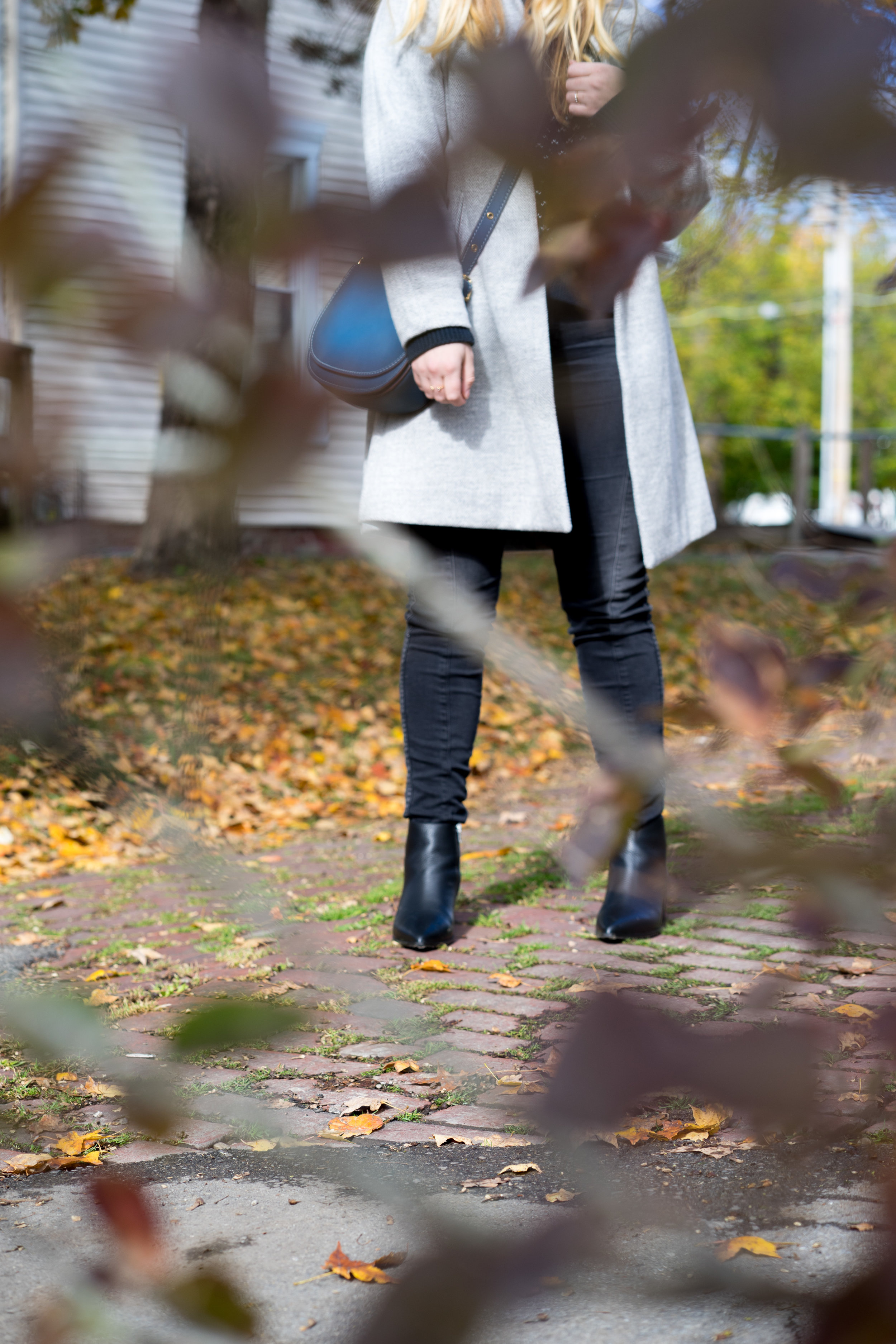 Maggie a la Mode - The Perfect Herringbone Coat Madewell Stanza Coat Everlane Boss Boot-4.jpg