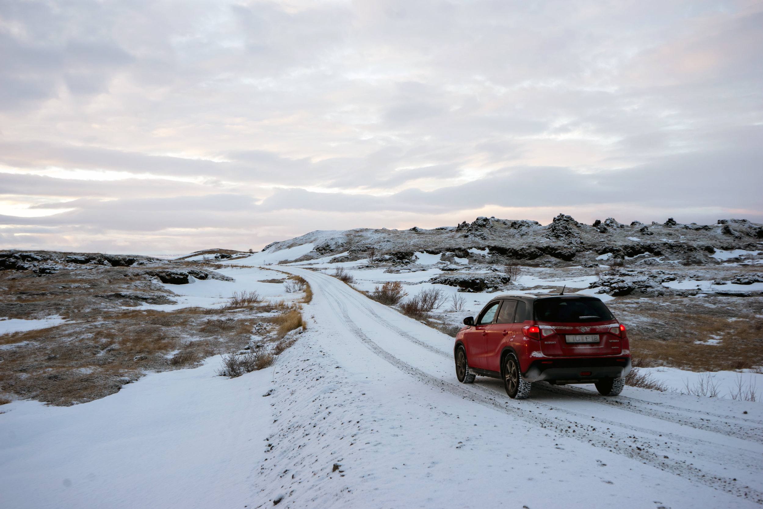 Maggie a la Mode - 9 Things No One Tells You About Roadtripping in Iceland