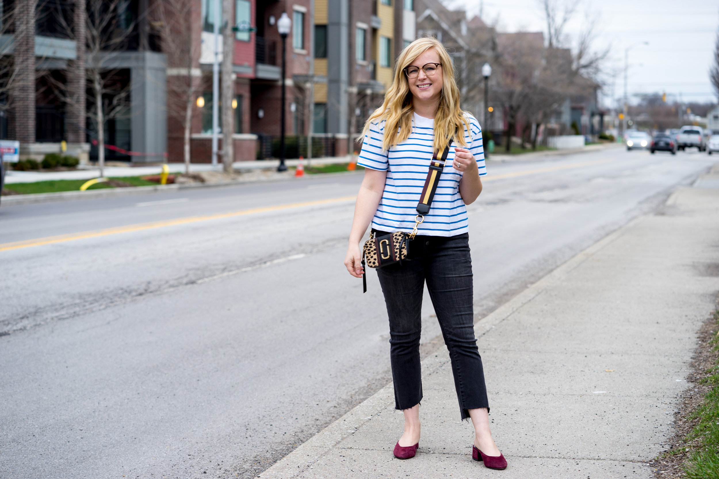 Maggie a la Mode - The Best Basic Tees You Will Buy Multiples Of Madewell Easy Crop Tee