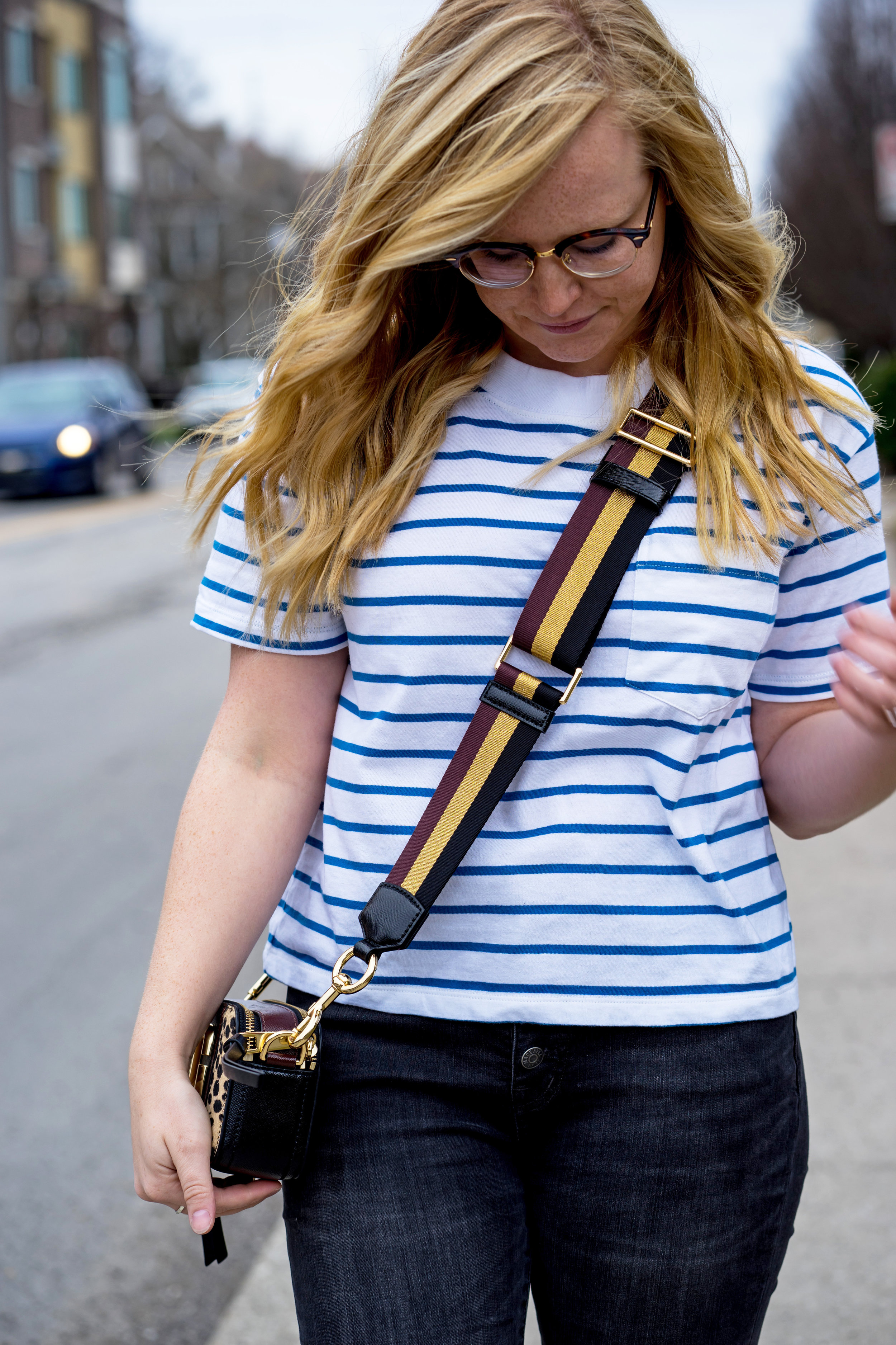 Maggie a la Mode - The Best Basic Tees You Will Buy Multiples Of Madewell Easy Crop Tee-5.jpg