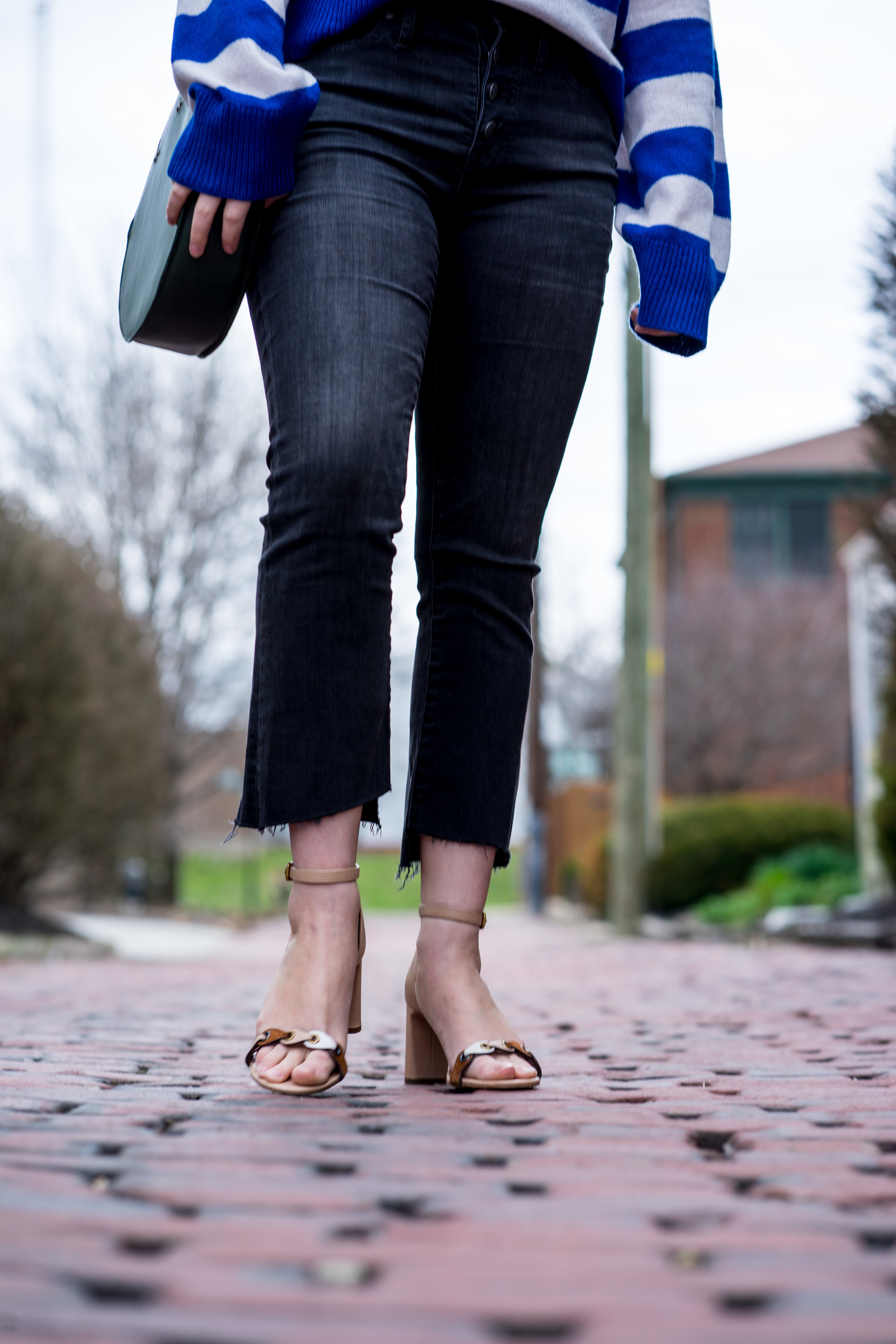 Maggie a la Mode - Yes You Can Wear Cropped Bootcut Jeans Madewell Cali Demi Boot-3.jpg