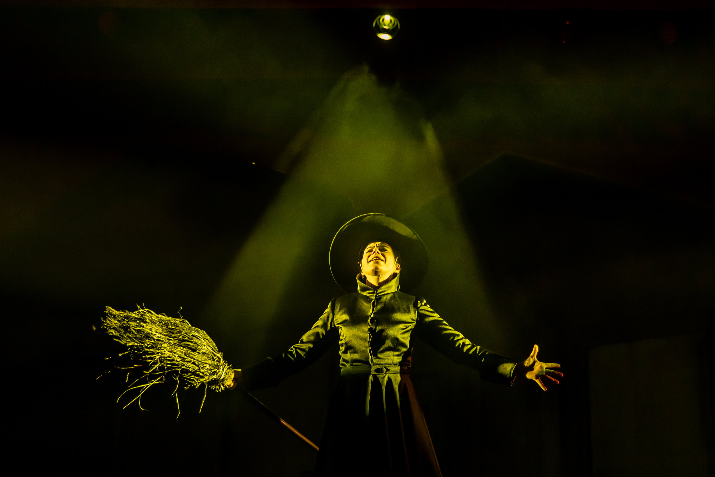120418TOR705BoltonOctagonWizardOfOzProduction160.JPG