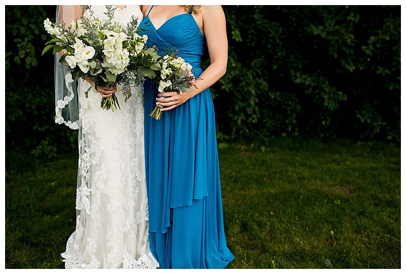JX Venu Wedding, Stillwater, MN. Blue and Peach wedding colors. Summer Wedding Décor. Jessica Wonders Events