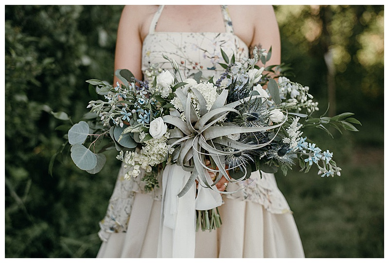 Airplant bridal bouquet, airplant wedding flowers, blue and white wedding bouquet. Jessica Wonders Events, Minneapolis, MN Event Planner, Floral Designer