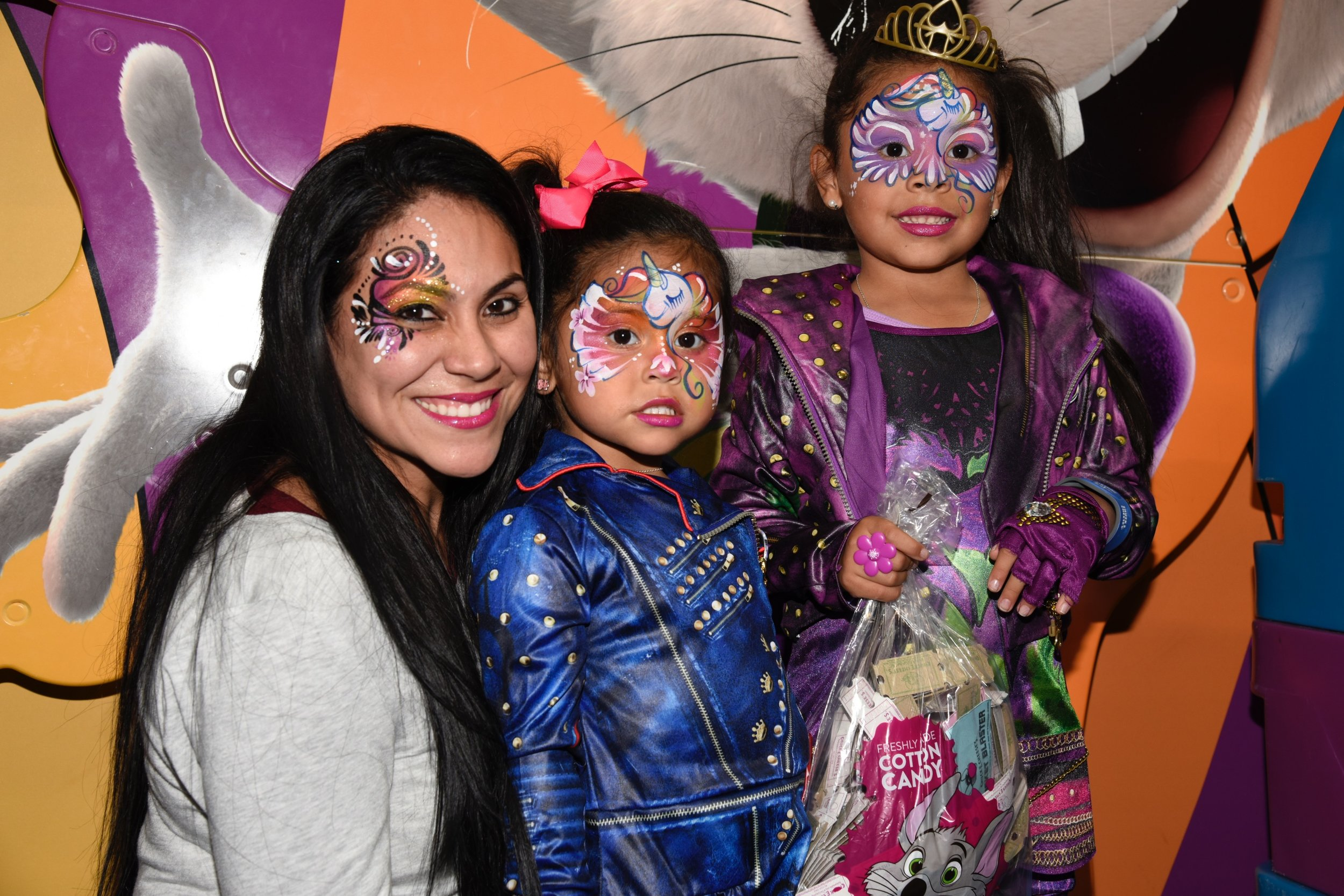 mom and daughters face paint designs