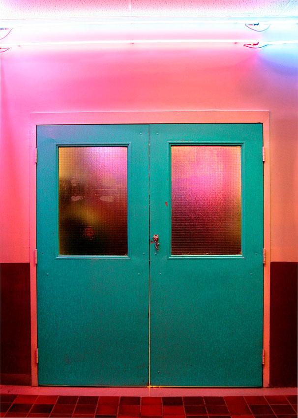 1_door.jpg