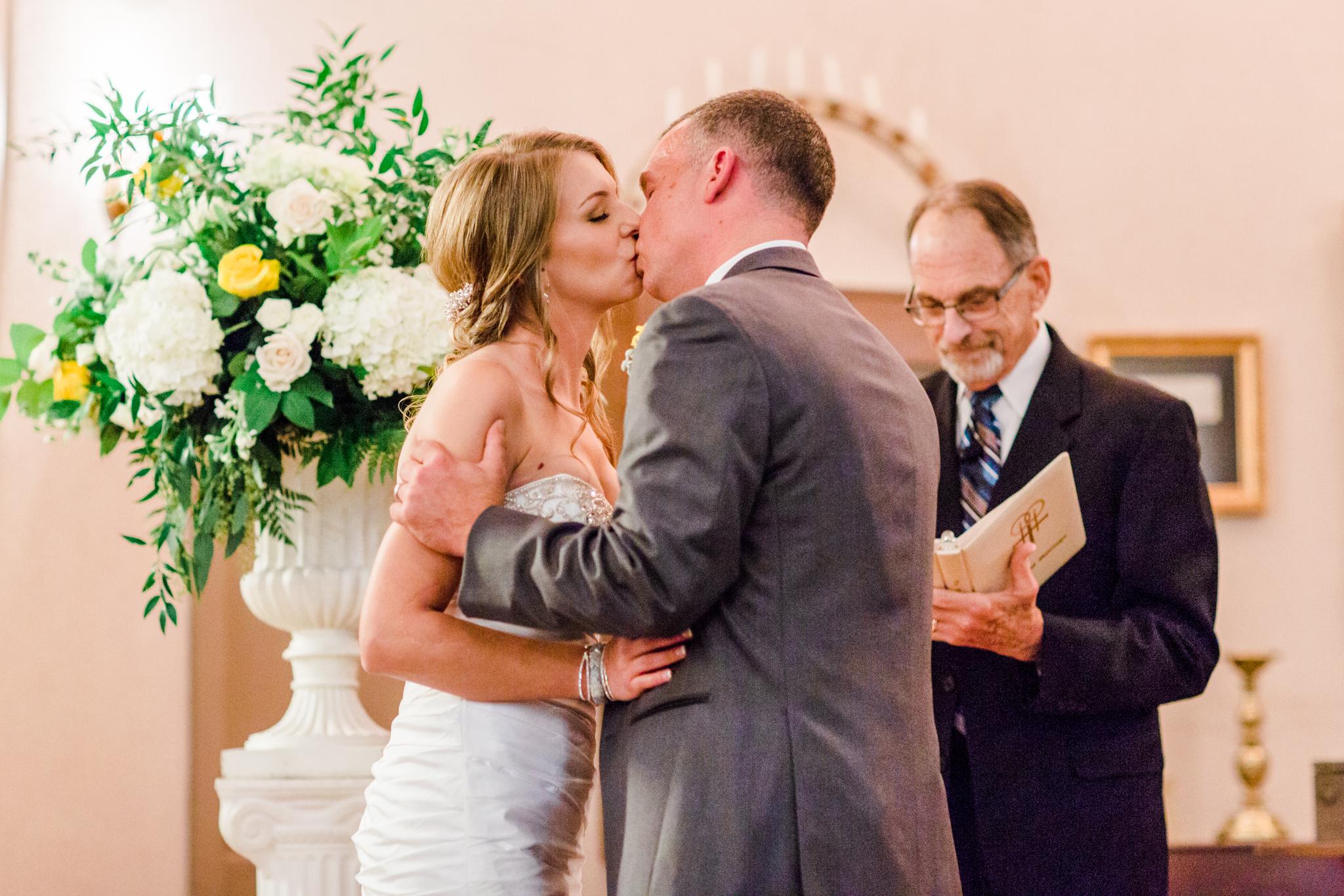 louisville-wedding-photographers-oscar-getz-venue111.jpg