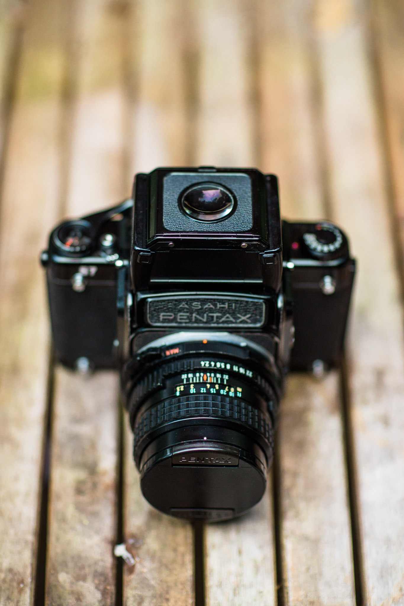 A Buying Guide: What are the Differences Between Pentax 6x7 and