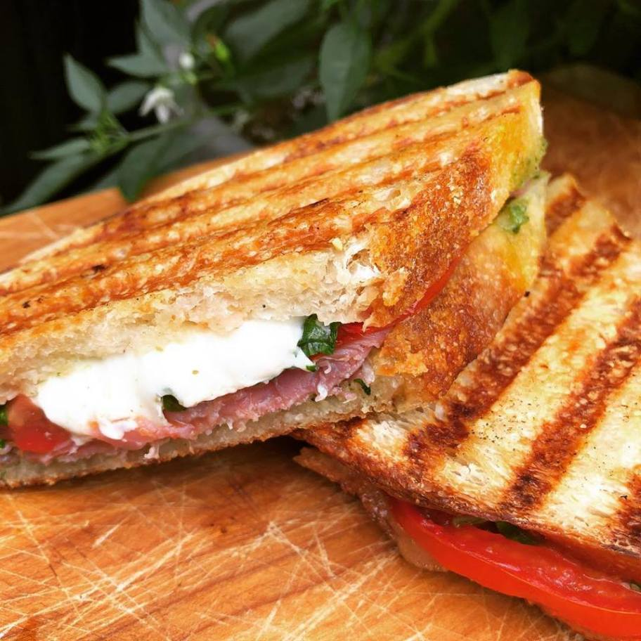 prosciutto-caprese-sandwich.jpg
