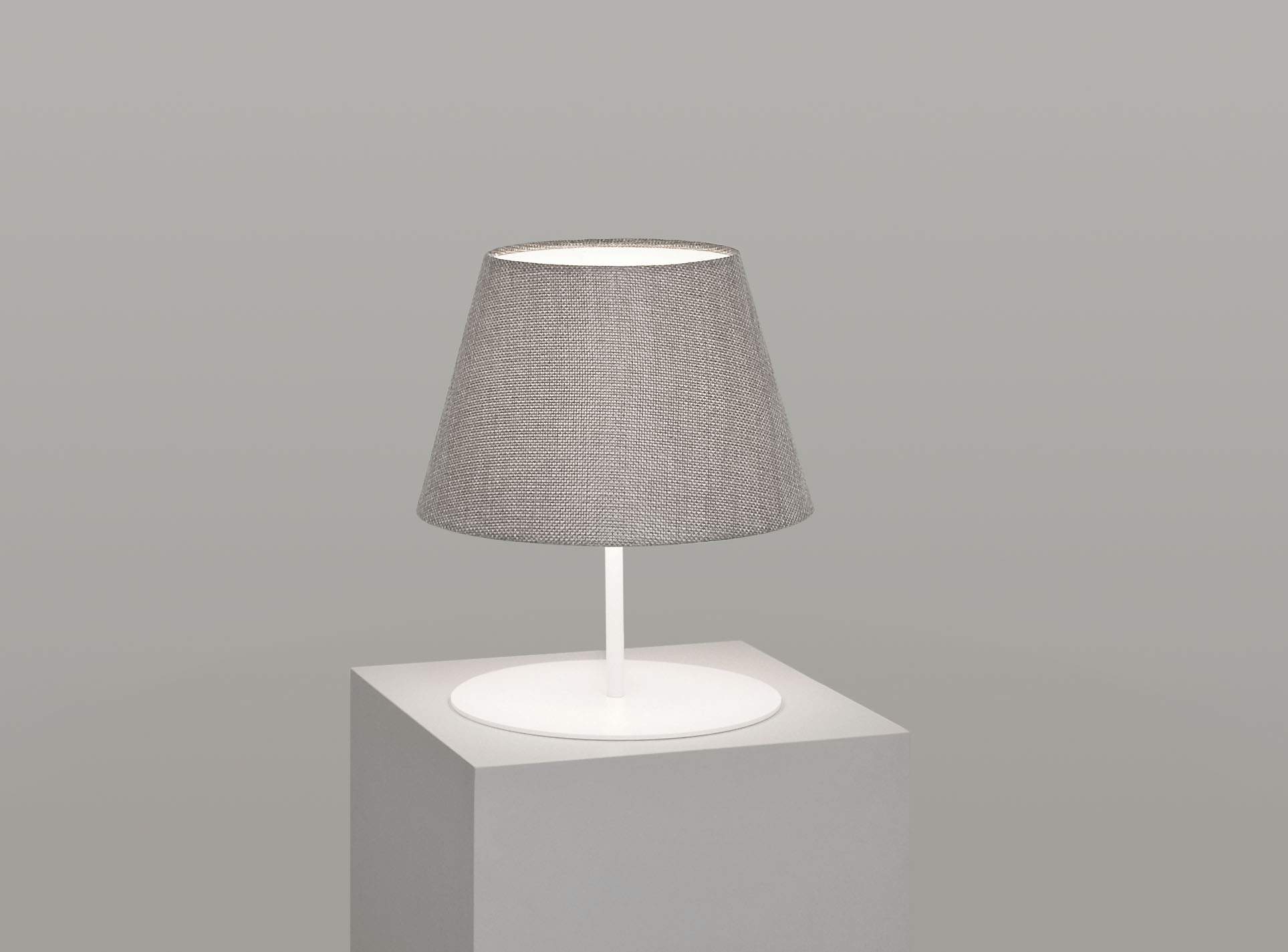 pegasus_lamp_white_base_titanium.jpg