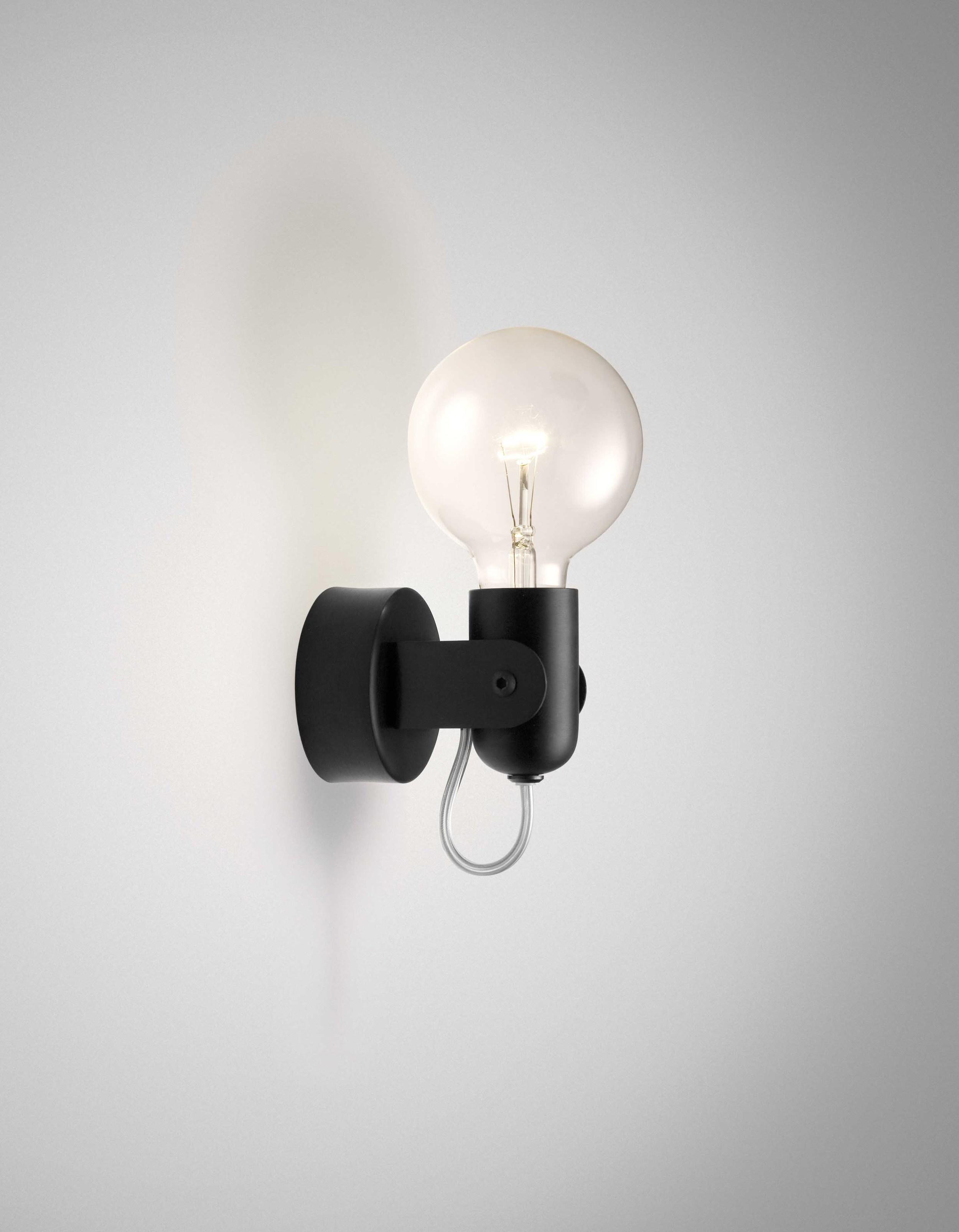 HD2 Wall Lamp black
