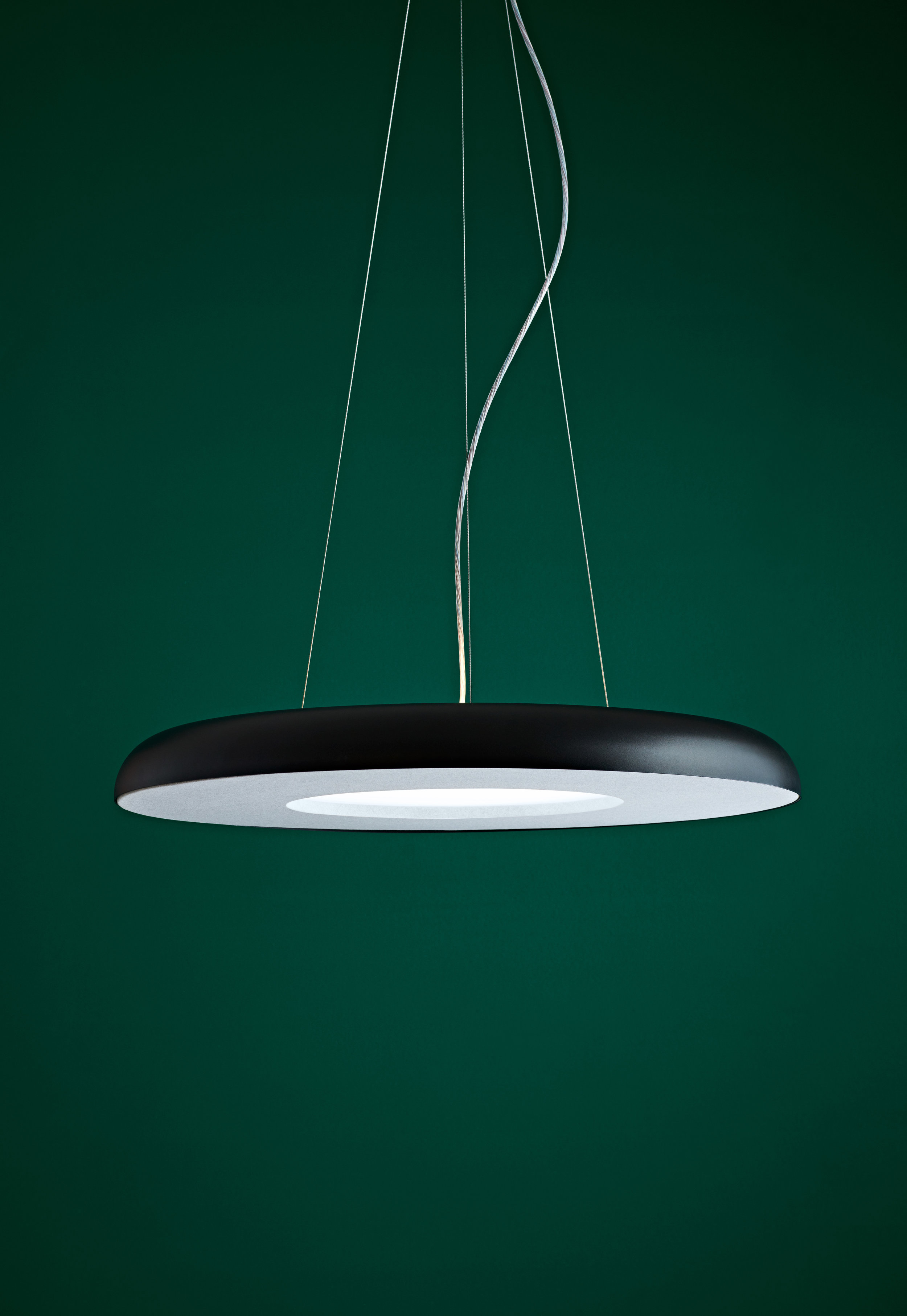 ISM Objects_Teamwork Charcoal Pendant_Photo credit Mike Baker, Styling Heather Nette King_Lifestyle 04.jpg